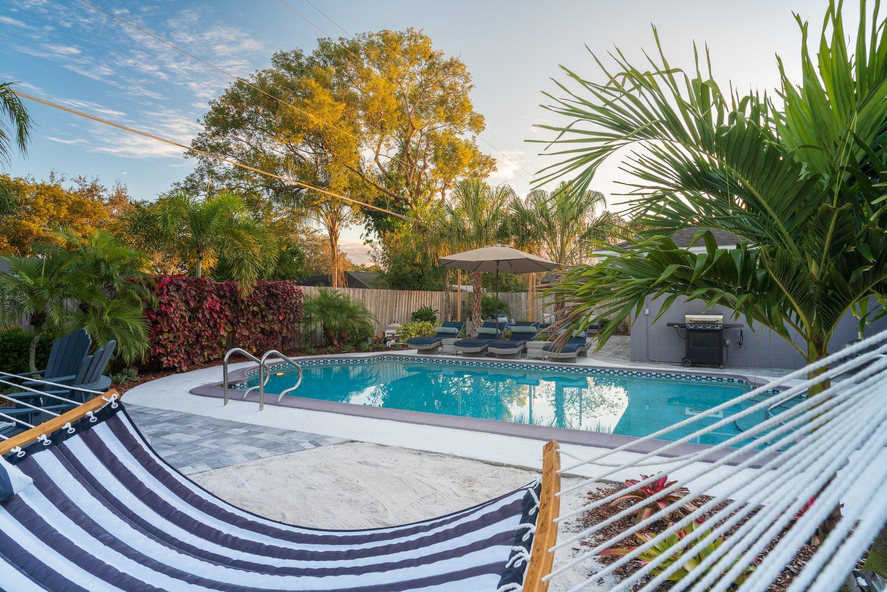 Proper plants for pools