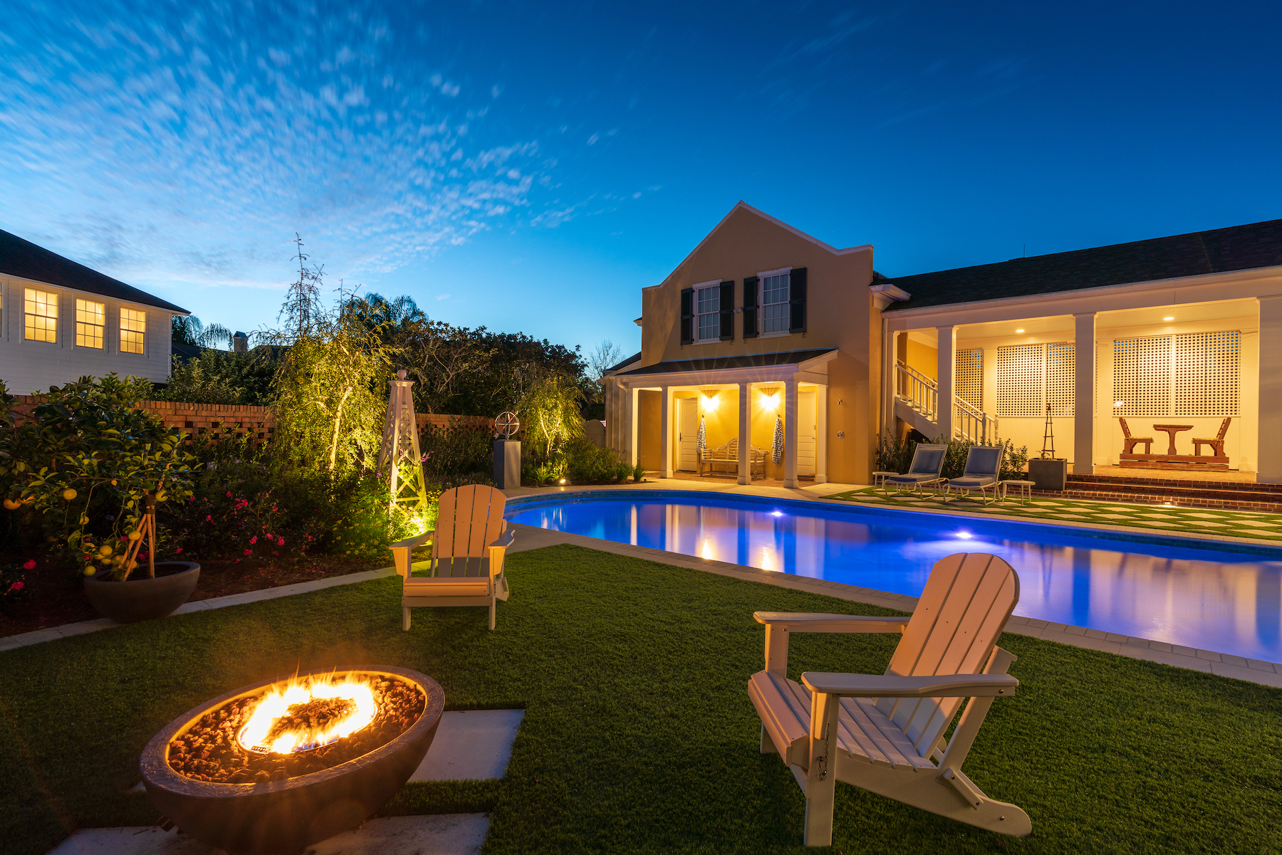 Artificial turf, pool and fire bowl