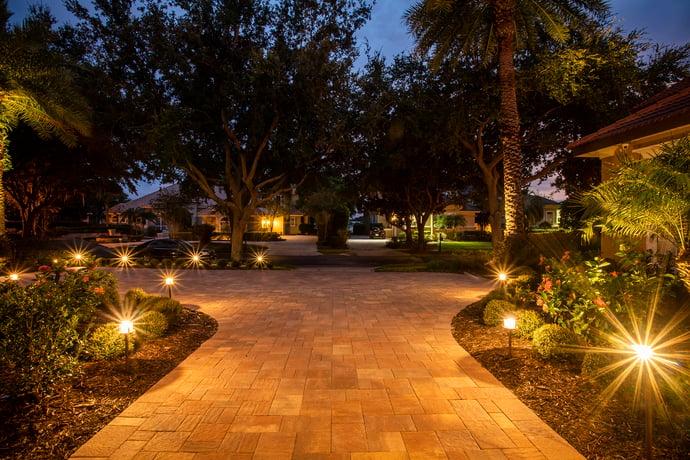 landscape lighting around driveway