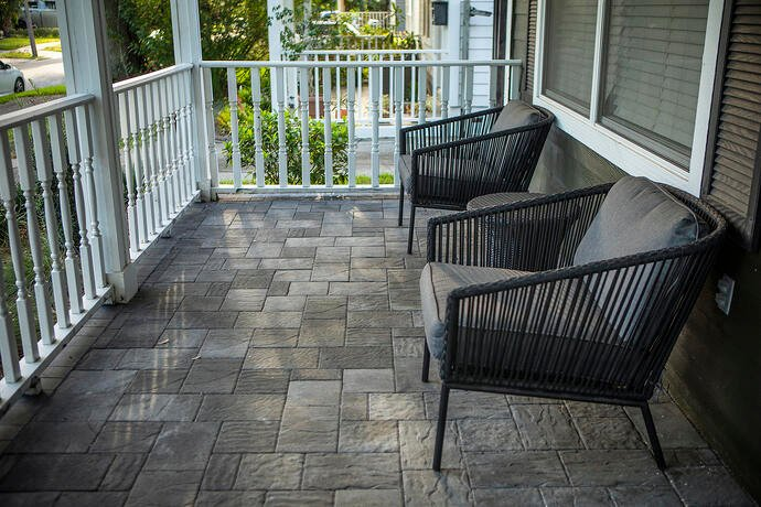 porch patio with pavers
