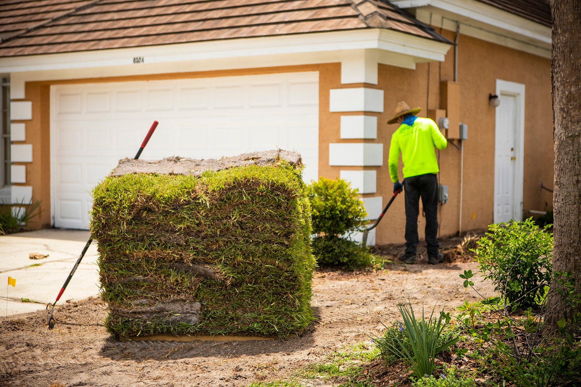 Paver company installing sod in Orlando